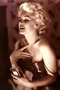 Marilyn_chanel_no_5