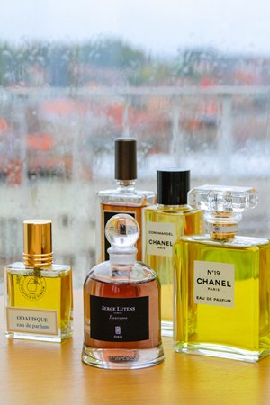 The Fragrance Wardrobe : My Article in Red Magazine « Bois