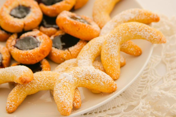 crescents viennese crescents viennese crescents viennese vanilla ...