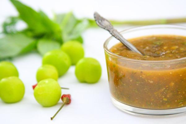 green-plum-sauce