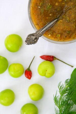 green-plum-sauce1