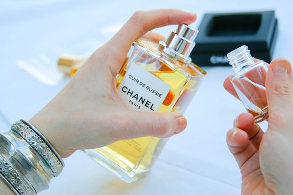 Making Perfume Samples and Decants (In Pictures) « Bois de Jasmin