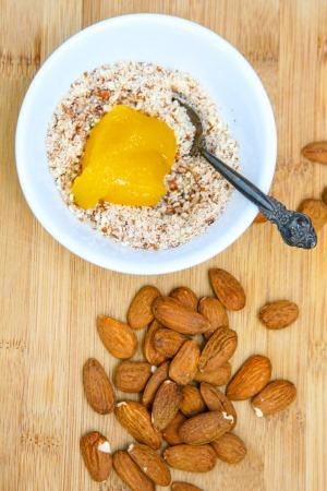 almond-paste-cream3b