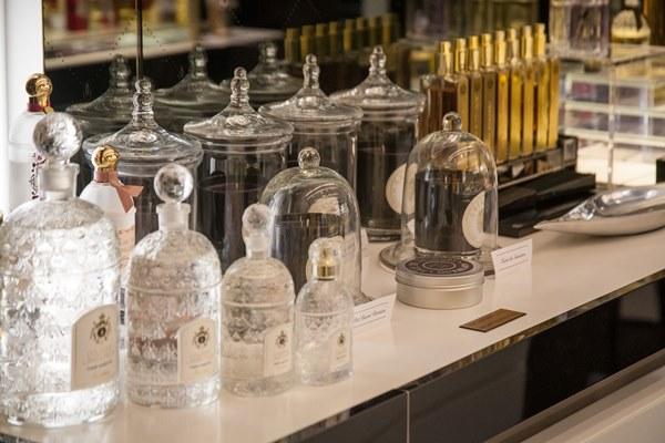 guerlain-bottles