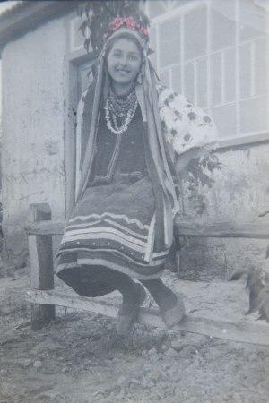 babushka ukrainian dress