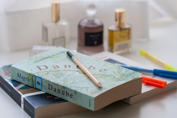 perfume-books