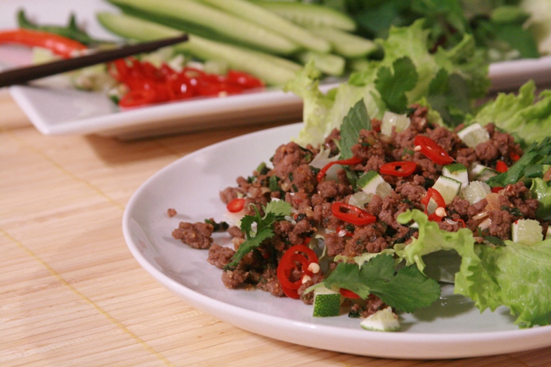 Spicy laotian beef salad lab larb recipe bold flavors of laos larb6512 forumfinder Choice Image